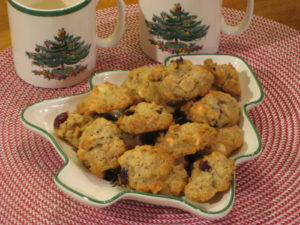Creative cranberry granola cookies on Christmas tree plate