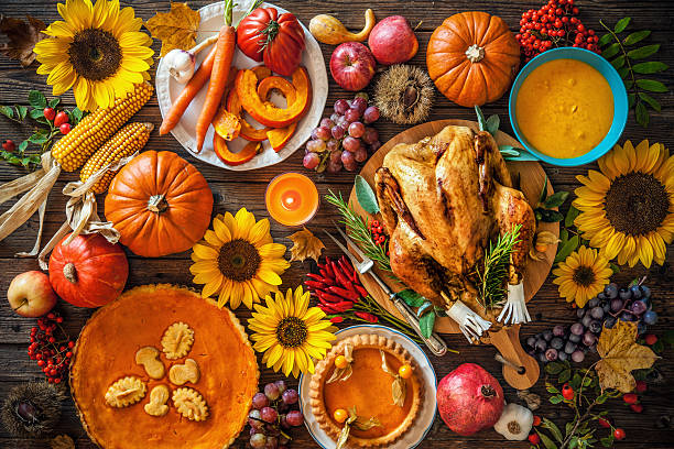 Thanksgiving Table Image